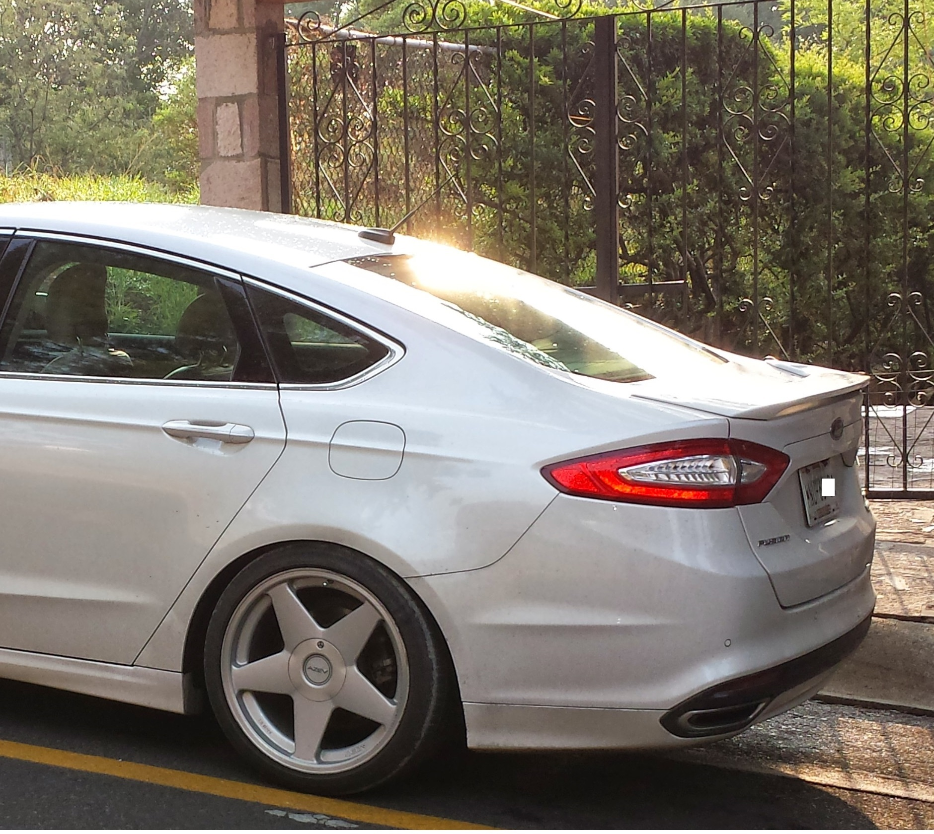 2013 Ford Fusion Exterior: Ranadegre 2013 Ford FusionSE Sedan 4D Specs, Photos