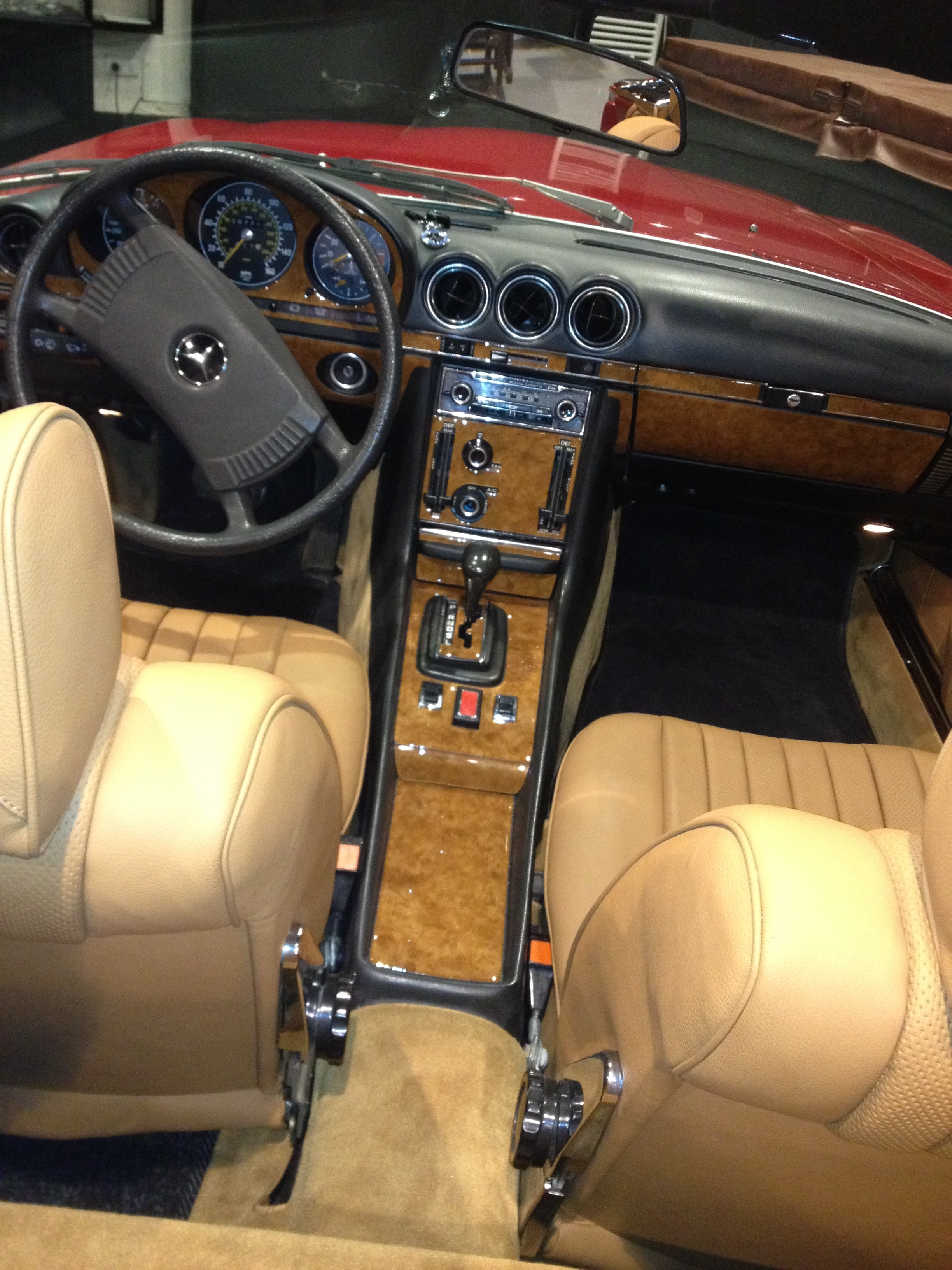 All leather and Carpets New - 19117269