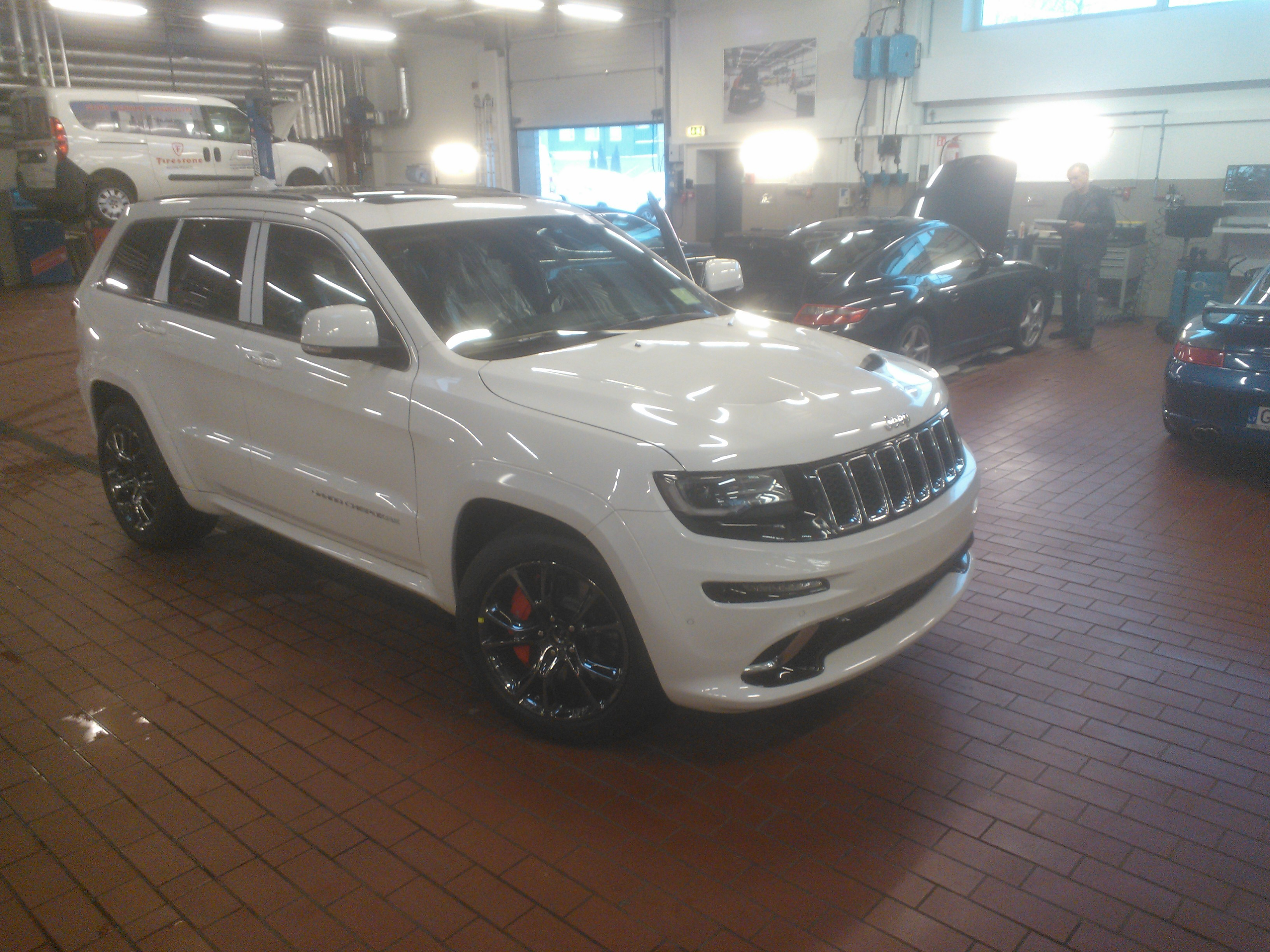markocz 2014 jeep grand cherokee specs photos. Black Bedroom Furniture Sets. Home Design Ideas