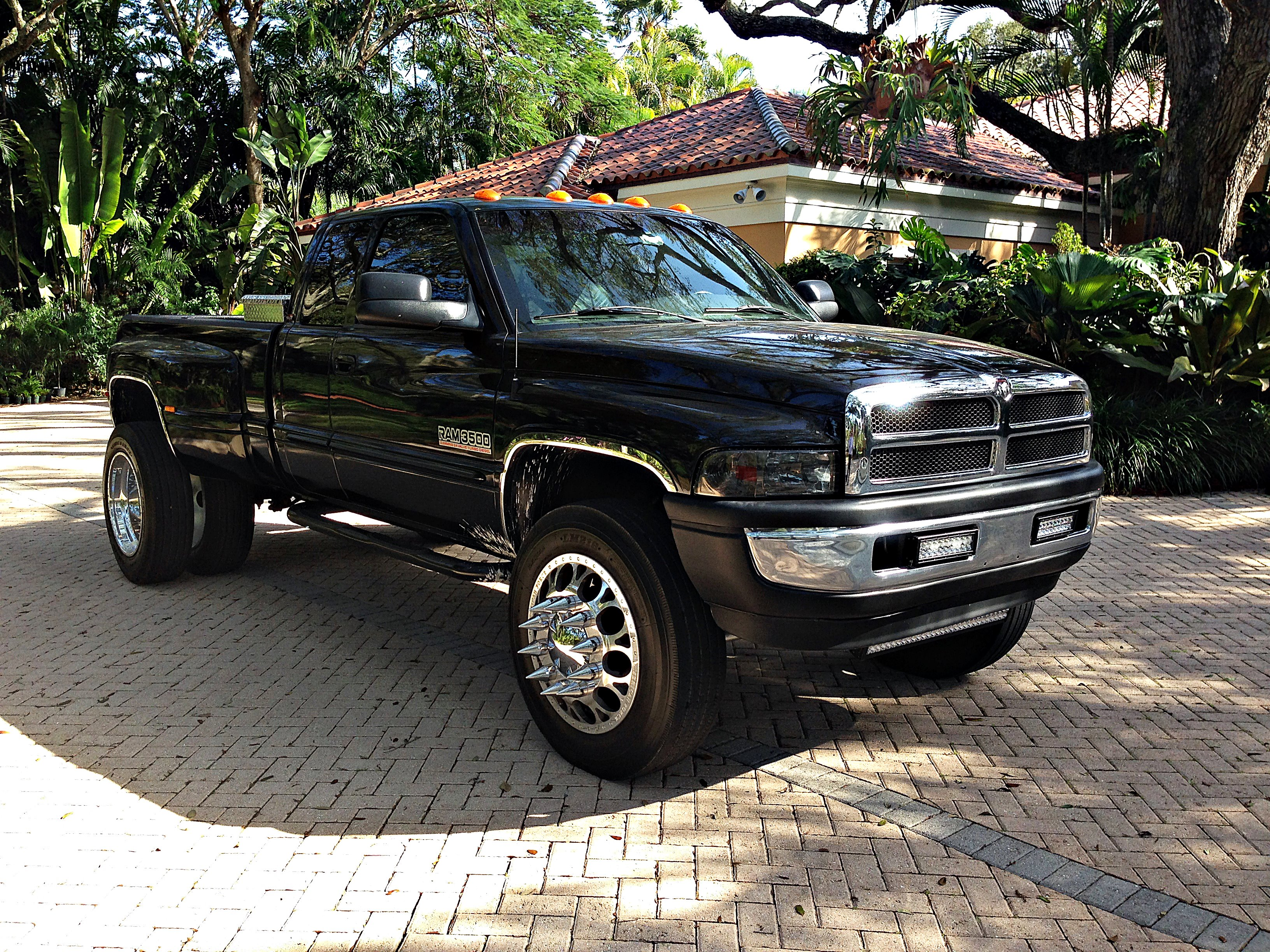 conquryourfear 2002 dodge ram 3500 quad cablaramie pickup 4d 8 ft drw s photo gallery at cardomain cardomain
