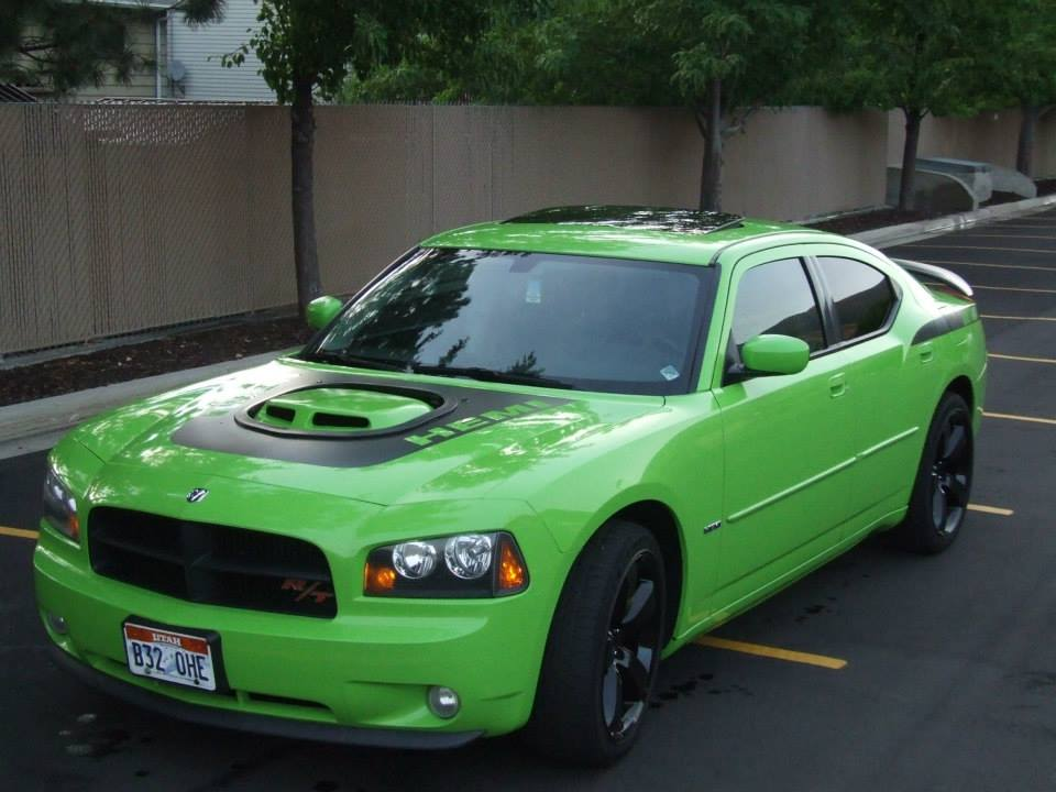 Latest pictures of #1398  Dodge Daytona Lime Green - 19039153