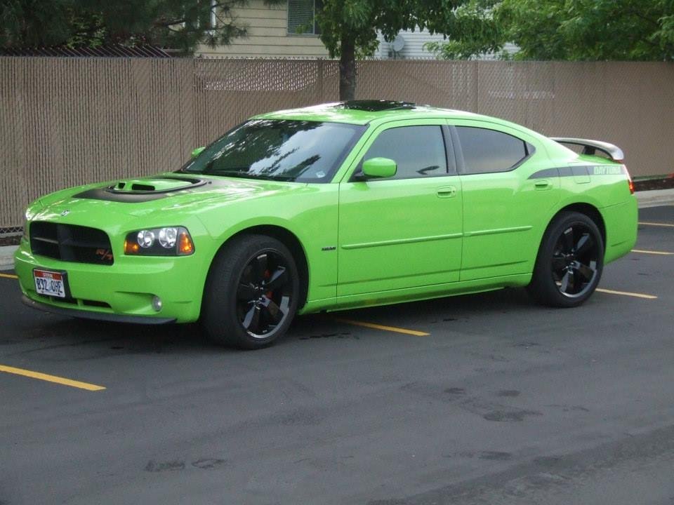Latest pictures of #1398  Dodge Daytona Lime Green - 19039154