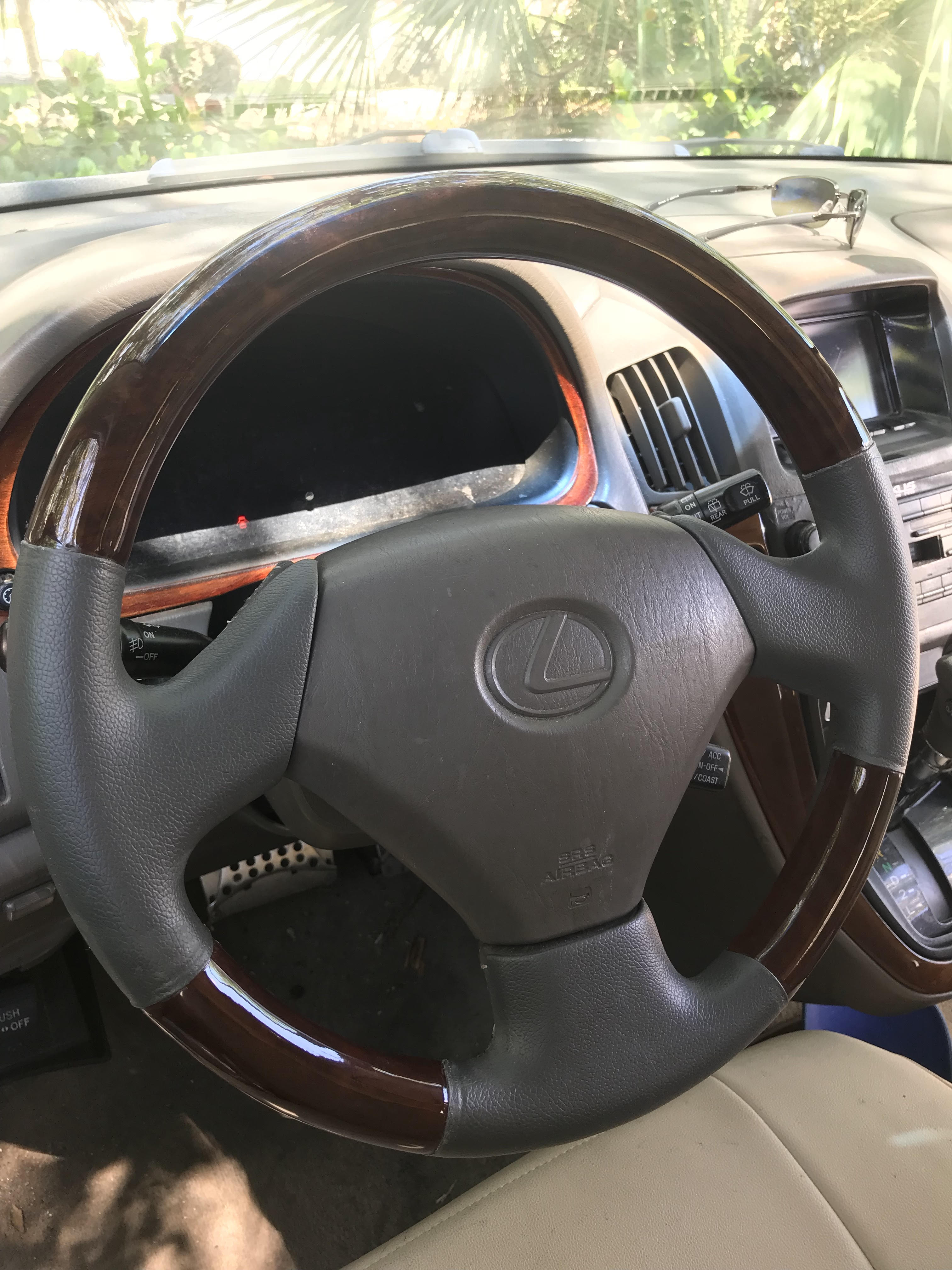 Wooden Steering Wheel Cover - 19191252