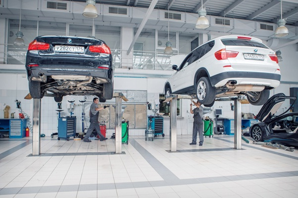 What You Need to Know About Getting Your BMW Serviced - 19195290