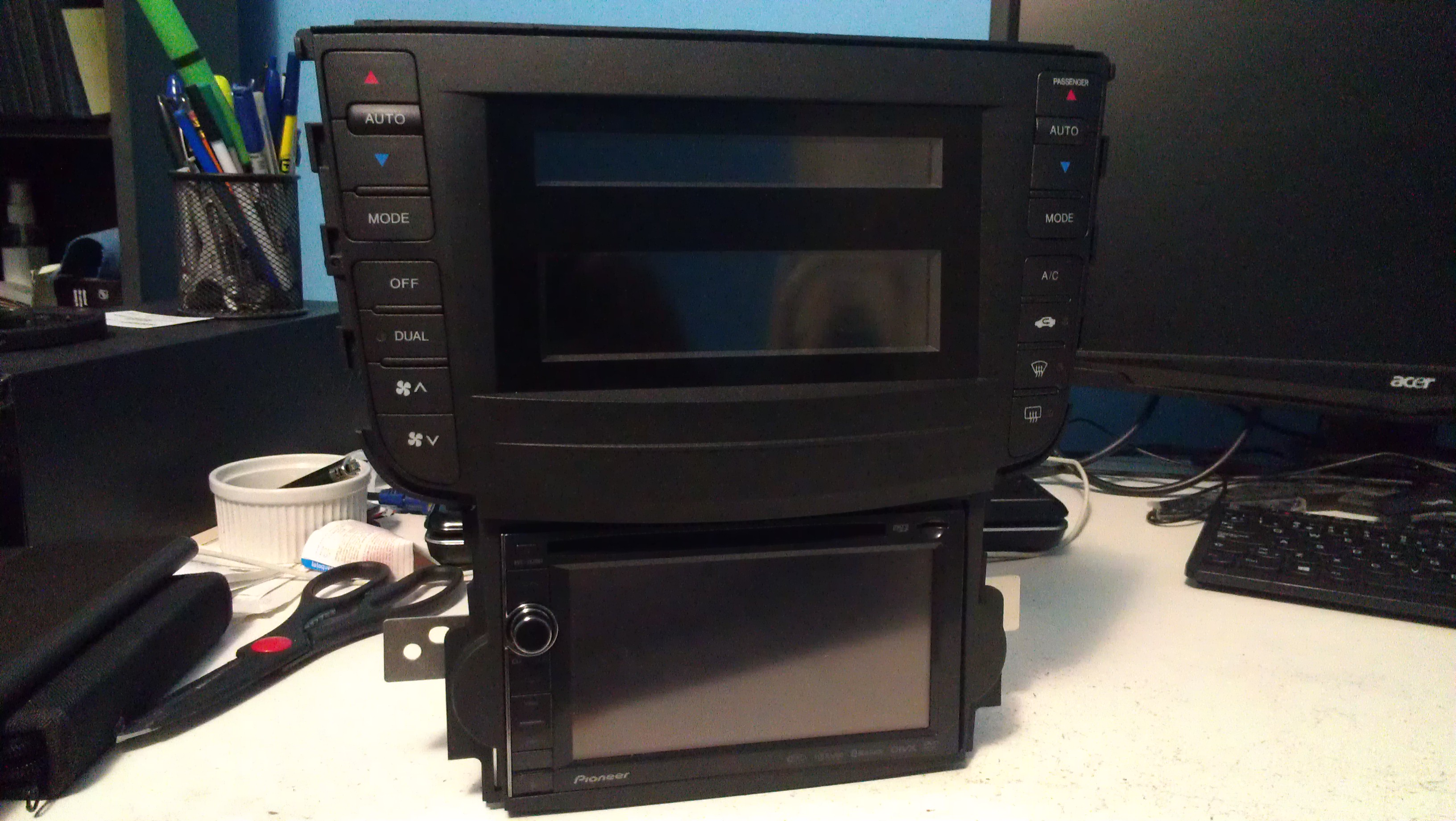 Double Din installed - 19129236