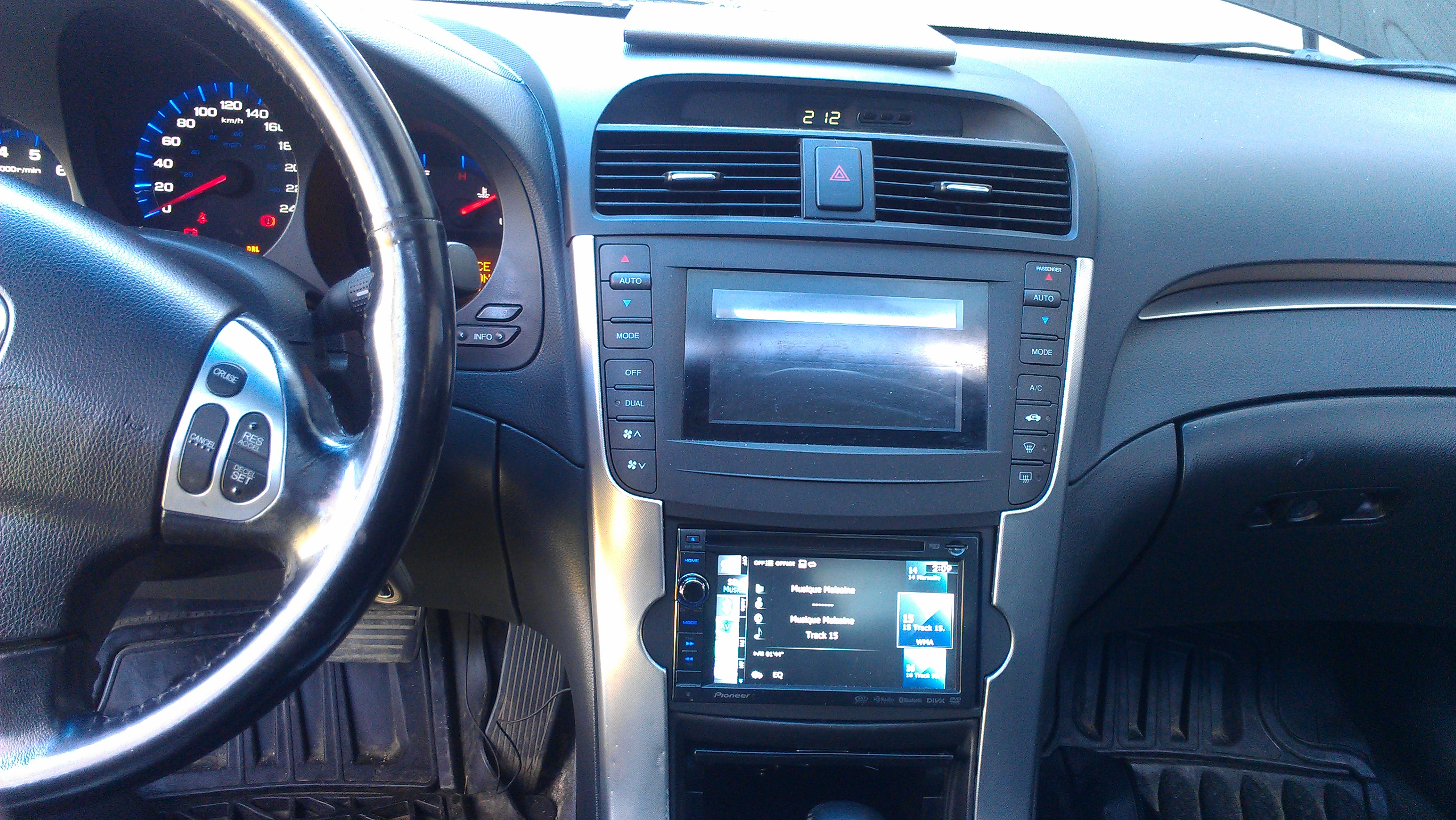 Double Din installed - 19129235