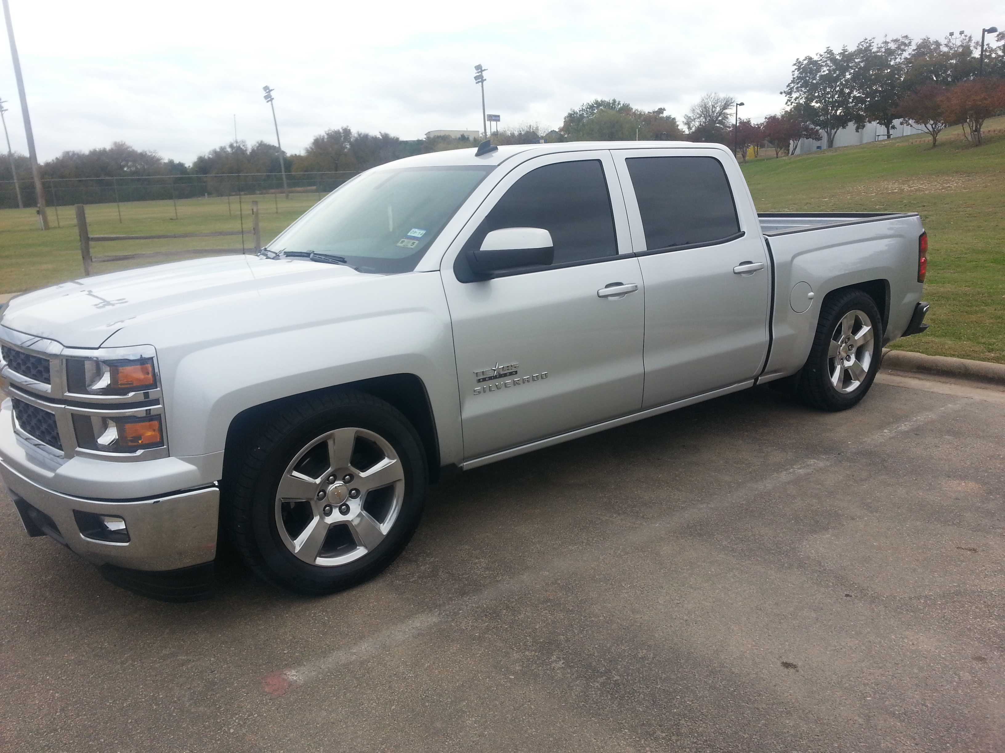 used 2014 chevrolet silverado 1500 pricing features page 2. Black Bedroom Furniture Sets. Home Design Ideas