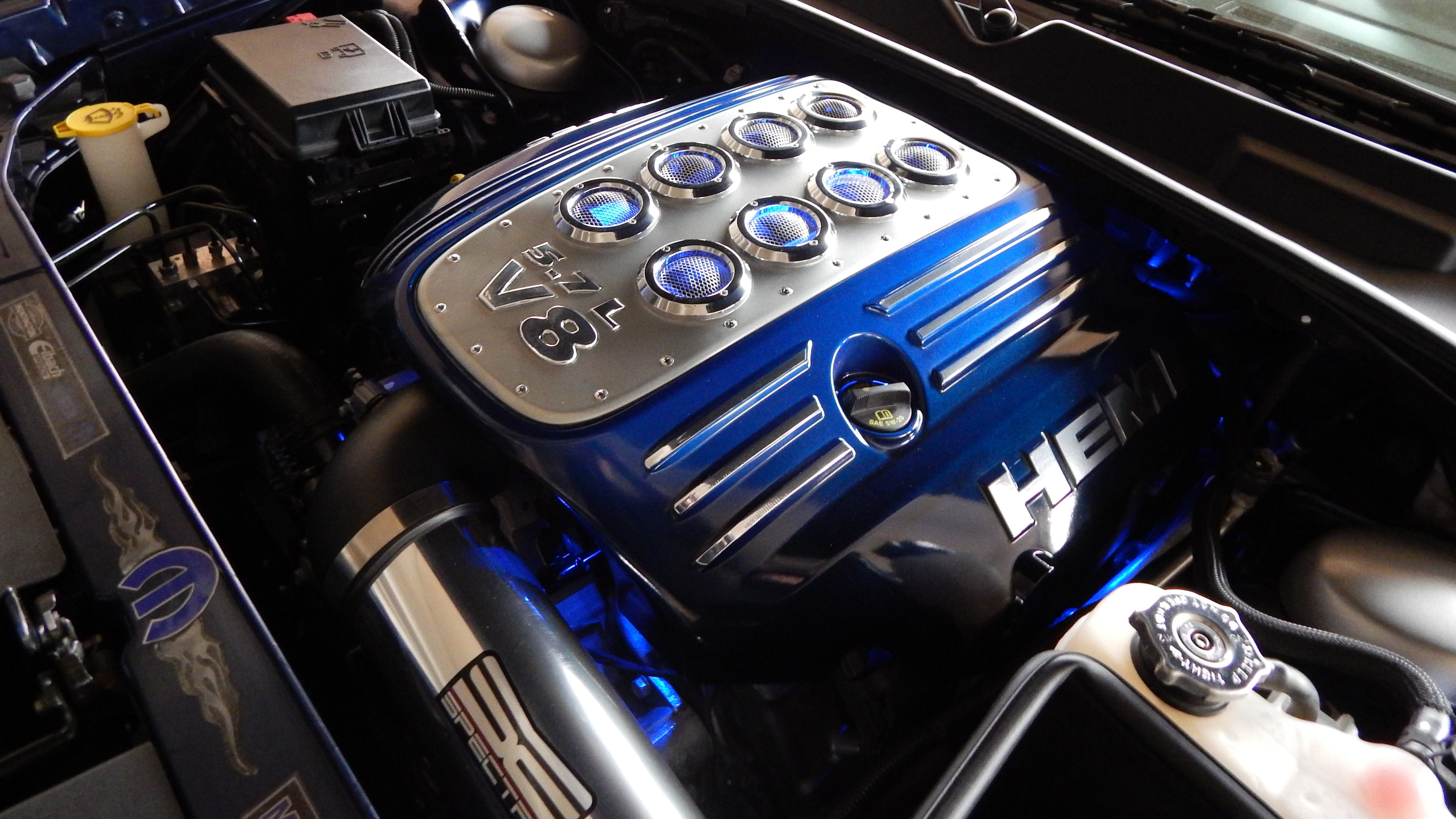 Custom detailed engine bay.............. - 19060451