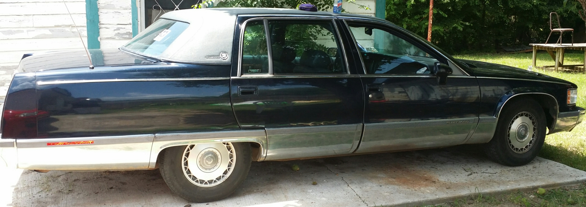 New addition to the family. 1993 fleetwood brougham.  - 19064641