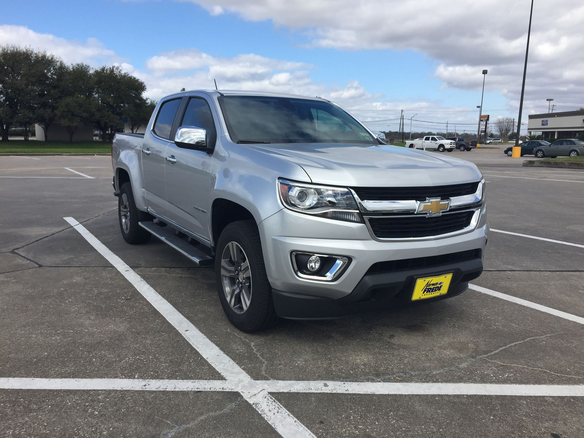 reviews chevrolet right autoweek car lt crew notes cab review colorado track article