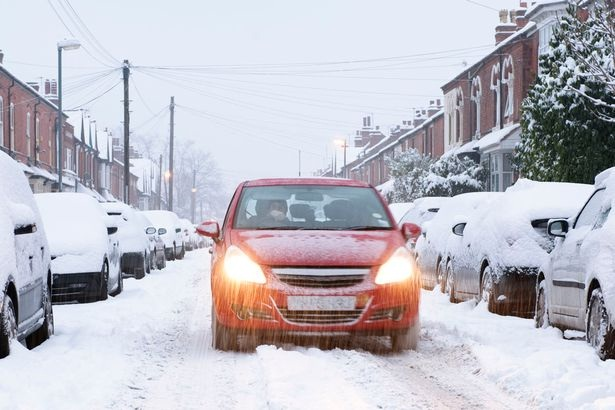 How to Drive Safely in the Dodgy Weather? - 19182777