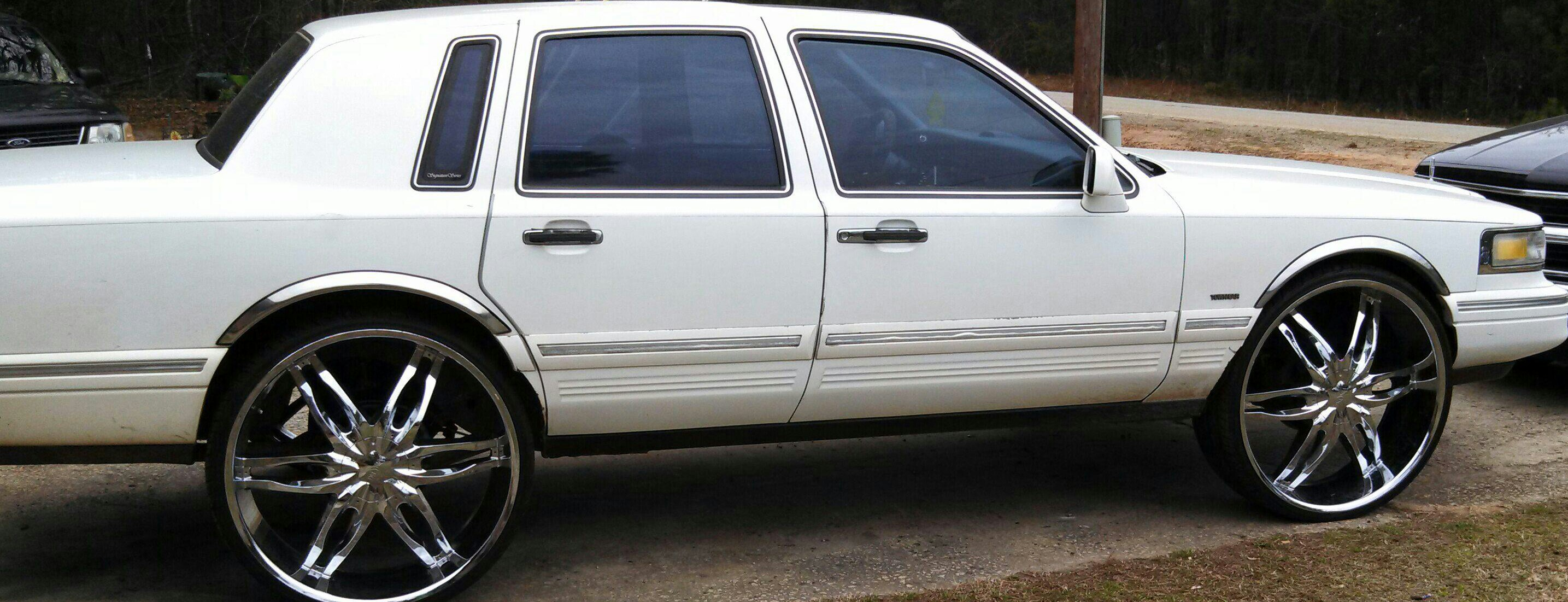 Brai01 1995 Lincoln Town Car Specs Photos Modification Info At