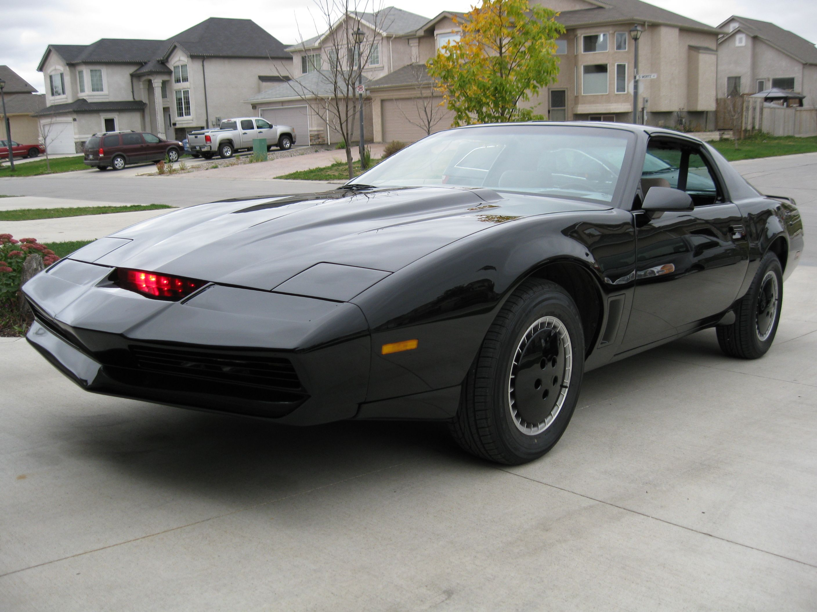 kanuck82 1982 pontiac trans am specs photos modification info at cardomain. Black Bedroom Furniture Sets. Home Design Ideas