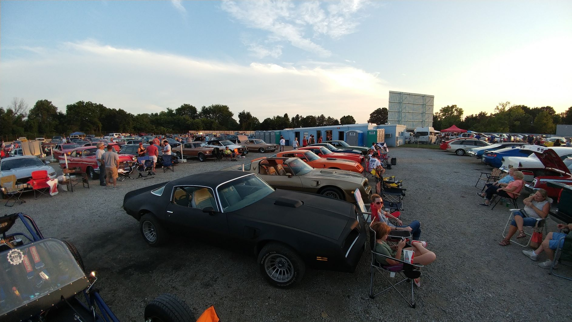 Summer 2018 Drive in Movie at SkyView in Belleville IL v8tv movie night - 19189780