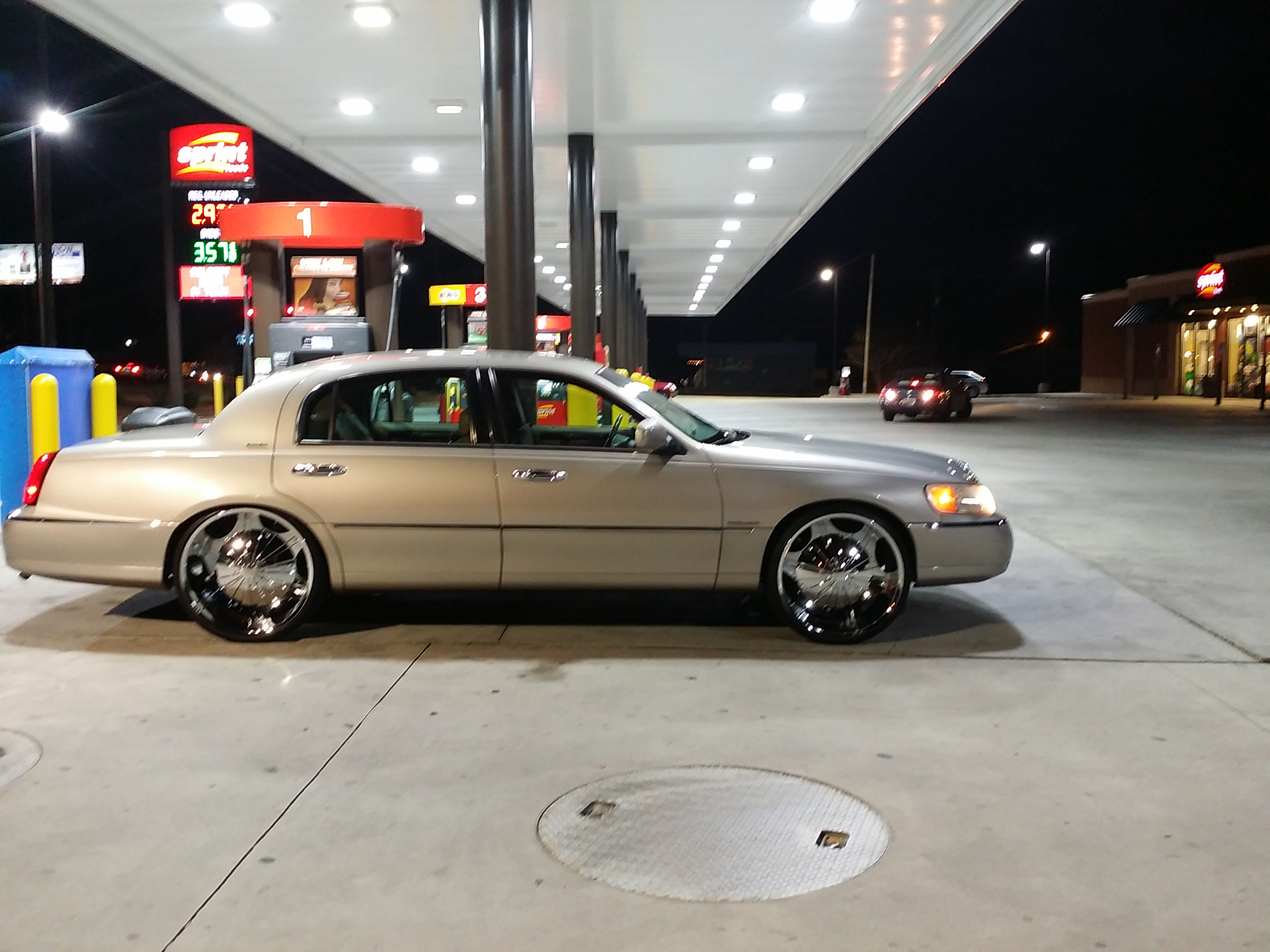 Another Demarcus911 2001 Lincoln Town Car post... - 19060947