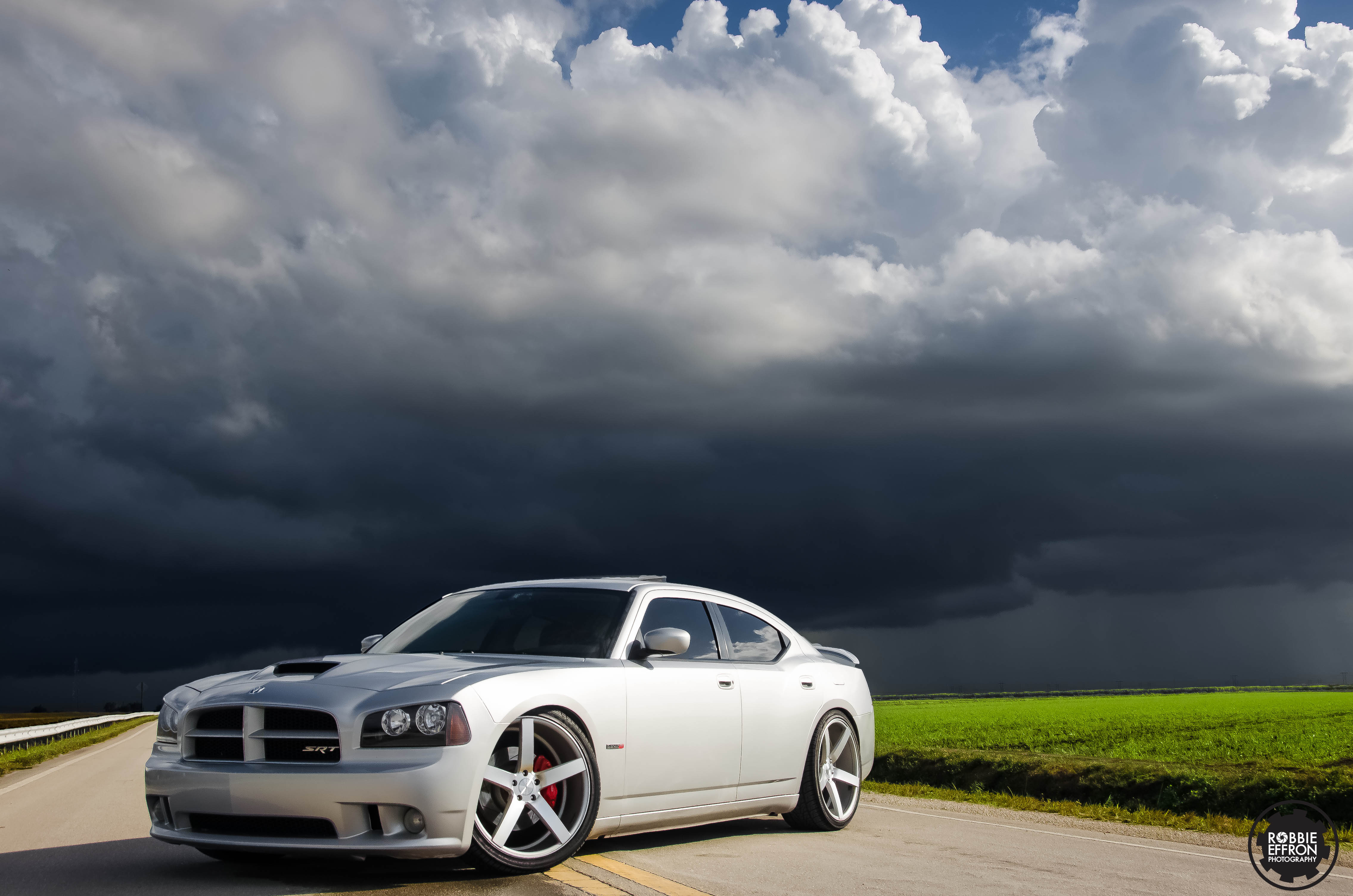 Sheila White 2006 Dodge Chargersrt8 Specs Photos