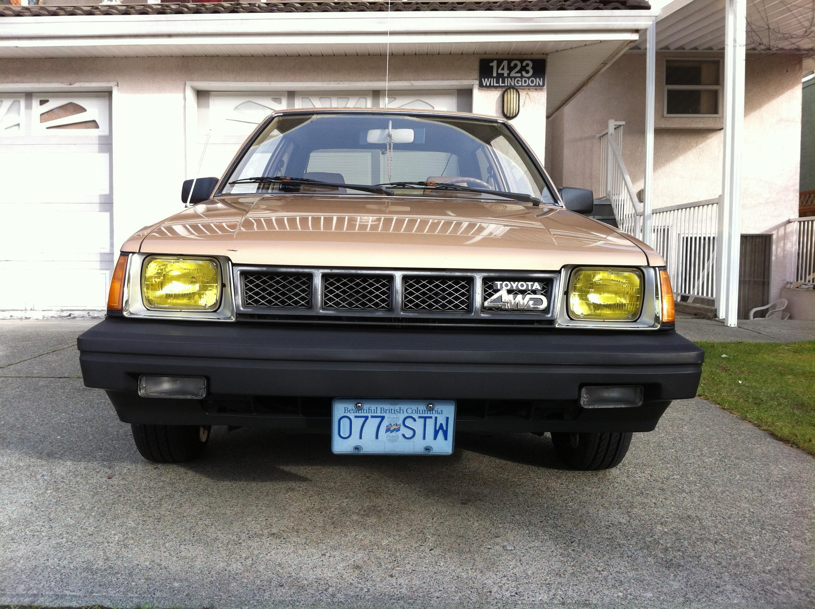 My EXPO 86 with clear signal lens and a Tercel 4WD grill! - 19036976
