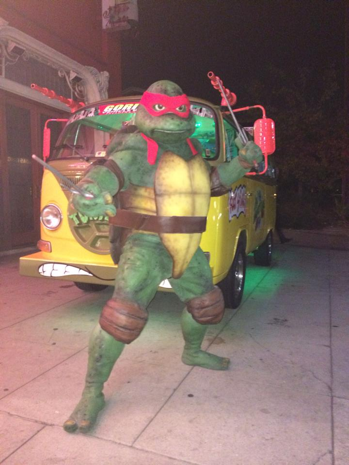 Teenage Mutant Ninja Turtle Van - 19028993