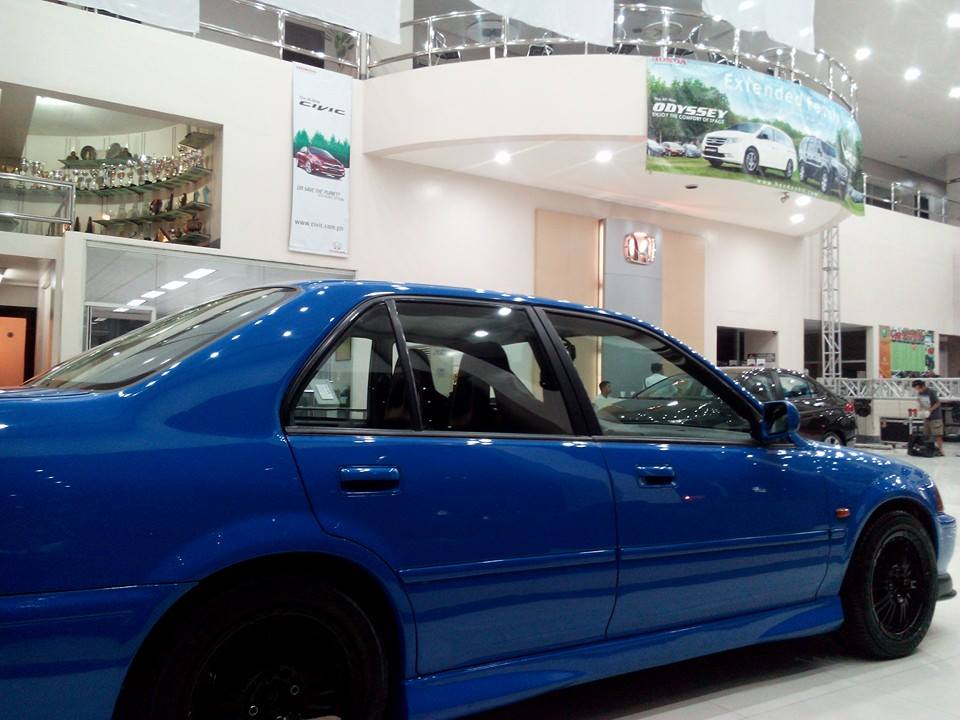 my honda city, at the showroom - 19049961