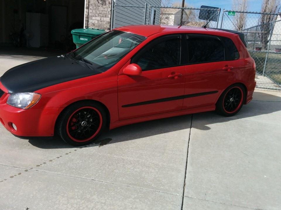 Ghog45 2006 Kia Spectra5 Hatchback 4d S Photo Gallery At Cardomain