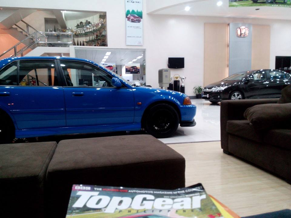 my honda city, at the showroom - 19049963