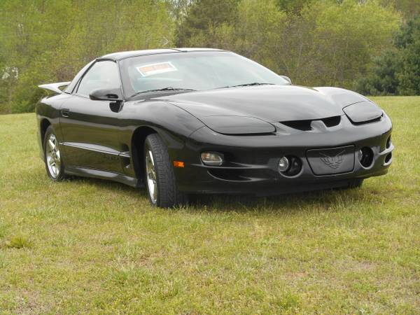 Before and after pictures of the new mods done to my 1998 Pontiac Trans Am - 19059998