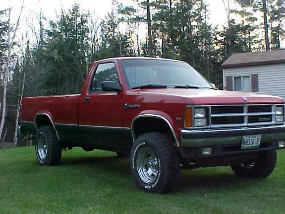 Large on 1990 Dodge Dakota Truck