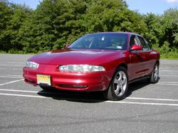 jeeplover111 1998 Oldsmobile Intrigue