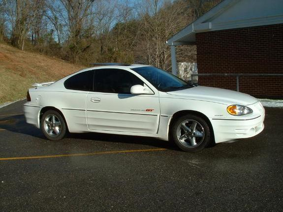 Whitegrandamgt01 2001 Pontiac Grand Am Specs Photos