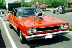 ieatrice2 1968 Plymouth Roadrunner