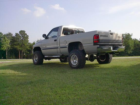 Dodge4x4 1999 Dodge Ram 1500 Regular Cab 949405
