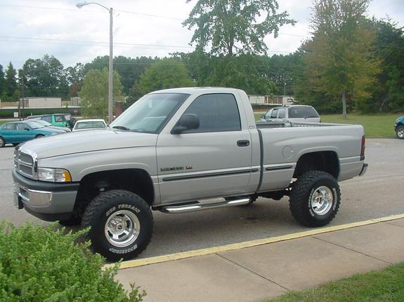Dodge4x4 1999 Dodge Ram 1500 Regular Cab 949408