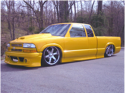 XtremeYellow 2002 Chevrolet S10 Regular Cab