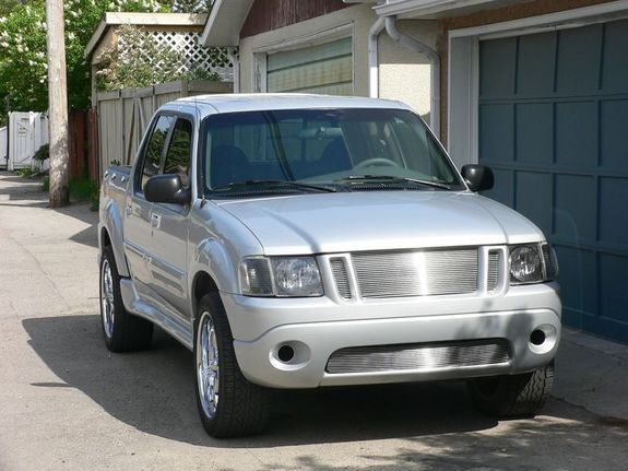 Another radioaktive 2001 Ford Explorer Sport Trac post... - 30196