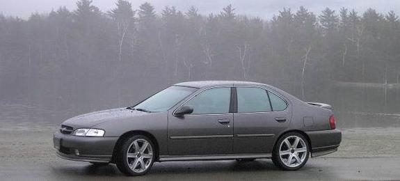 1998 Altima SE 5 spd with 18's