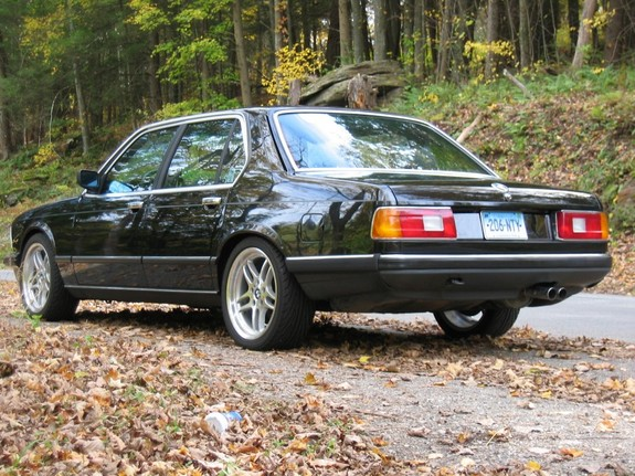 k_way745 1986 BMW 7 Series