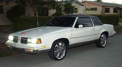 MC0n22s 1987 Oldsmobile Cutlass Supreme