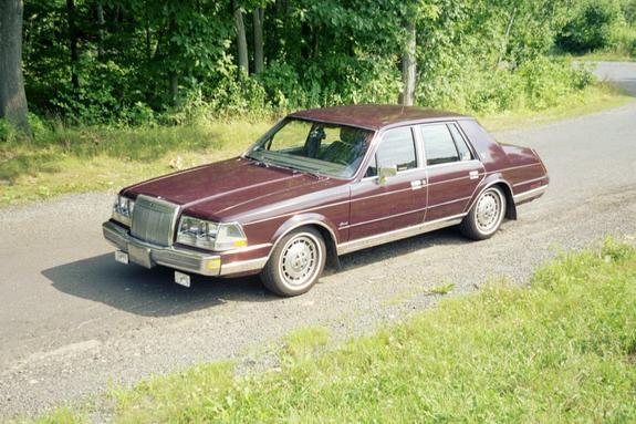 ND4SPDLSC 1985 Lincoln Continental