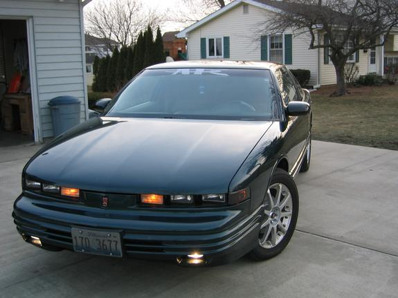 kaboom33 1997 oldsmobile cutlass supreme specs photos modification info at cardomain cardomain