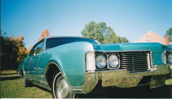 Another trumpeter5 1968 Oldsmobile Delta 88 post... - 1182396