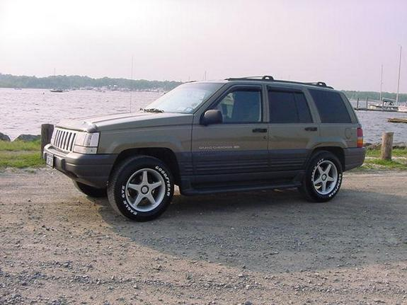 sexyvic1 1996 jeep grand cherokee specs photos modification info at cardomain. Black Bedroom Furniture Sets. Home Design Ideas