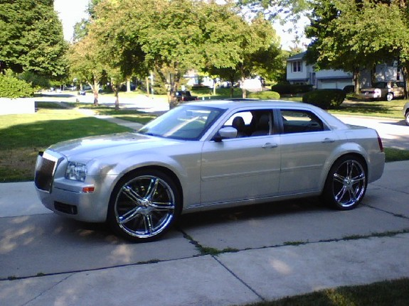 theicecreaman22 2005 chrysler 300 specs photos modification info at cardomain. Black Bedroom Furniture Sets. Home Design Ideas