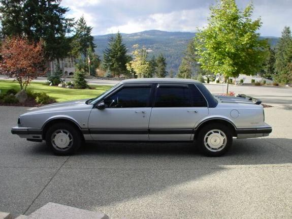 Another furyolds 1990 Oldsmobile Delta 88 post... - 1209244