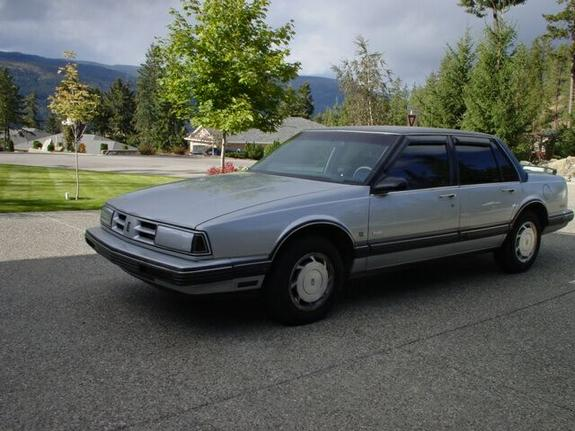 Another furyolds 1990 Oldsmobile Delta 88 post... - 1209246