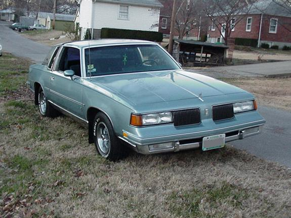 jonmega 1987 Oldsmobile Cutlass Supreme