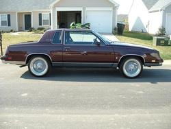 85MerlotCutty 1985 Oldsmobile Cutlass Supreme