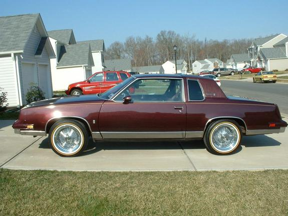 Another 85MerlotCutty 1985 Oldsmobile Cutlass Supreme post... - 1304418