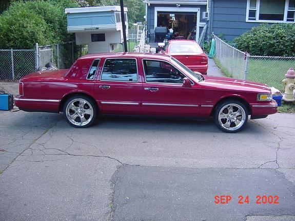 Ironsean7 1995 Lincoln Town Car Specs Photos Modification Info At