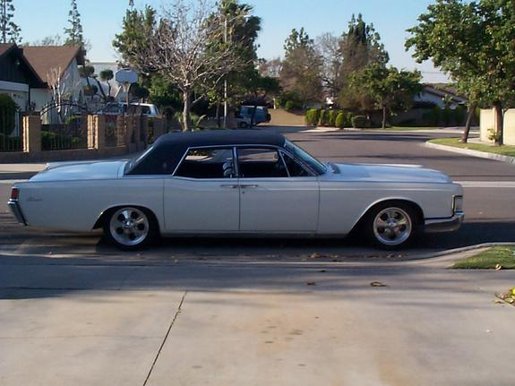 SixEightSuicide 1968 Lincoln Continental 1319615