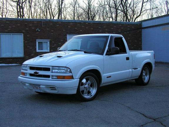 rustler25 1998 chevrolet s10 regular cab specs photos modification info at cardomain. Black Bedroom Furniture Sets. Home Design Ideas